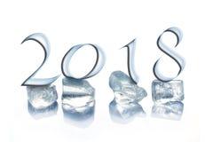 2018 die ijsblokjes op wit worden geïsoleerd Stock Foto's