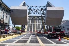 Die ikonenhafte Zugbrücke im Mystiker, Connecticut , USA stockbilder