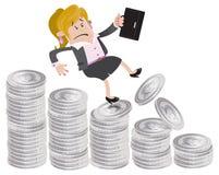 Geschäftsfrau-Freund fällt unten der Geldhügel Stockfotografie