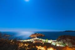 Die Insel von Sveti Stefan nachts Adria Se das Montenegro-, Lizenzfreie Stockfotografie
