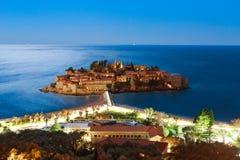 Die Insel von Sveti Stefan nachts Adria Se das Montenegro-, Stockfotos