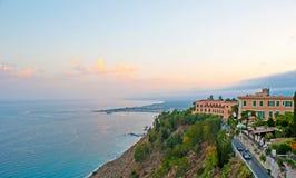 Die ionisches Seeküste Lizenzfreies Stockbild