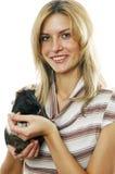 Die junge Frau mit Tümmler lizenzfreie stockfotografie