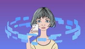 Die junge Frau, die Telefon im Kreis von Textnachrichten und von Rede hält, sprudelt Blaue Stellen auf schwarzem Hintergrund Lini Lizenzfreies Stockfoto