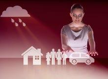 Die junge Geschäftsfrau im Versicherungskonzept Stockfoto