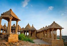 Die königlichen Ehrengrabmale von historischen Machthabern, Jaisalmer Chhatris Lizenzfreies Stockfoto