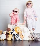 Die kühlen Kinder stockbilder