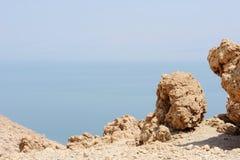 Die Küste des Toten Meers stockfoto
