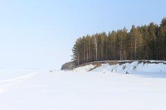 Die Küste im Schnee Stockbilder