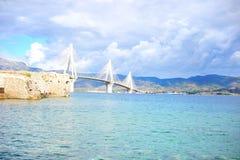 Die Kabelbrücke Patra, Griechenland stockfotos