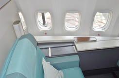 Die Kabine der ersten Klasse eines Flugzeuges Korean Airlines KE Boeing 747-8 Stockfotografie