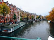 Die Kanäle von Amsterdam Stockbild
