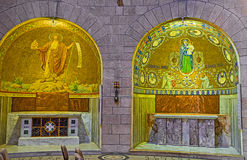 Die Kapellen in Dormitions-Kirche Lizenzfreies Stockbild