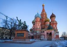 Die Kathedrale des Heilig-Basilikums im Winter, Moskau, Russland Stockbild