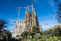 Die Kathedrale von La Sagrada Familia durch den Architekten Antonio Gaudi, Katalonien, Barcelona Spanien lizenzfreie stockbilder