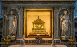 Die Ketten von St Peter, in der Kirche von San Pietro in Vincoli in Rom, Italien Stockfotografie