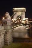 Die Kettenbrücke. stockbilder