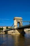 Die Kettenbrücke in Budapest Lizenzfreie Stockfotos