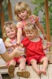 Die Kinder lizenzfreie stockfotografie