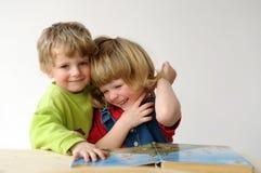 Die Kinder während des Messwertes lizenzfreies stockbild