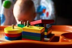 Die Kinderspiele mit Alspielzeug Lizenzfreie Stockfotos