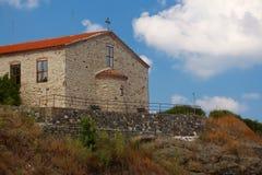 "Die Kirche ""The Annahme von St Mary, Tsarevo, Bulgarien Stockbild"
