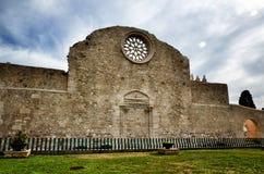 Die Kirche San Giovanni in Siracusa, Italien stockbild