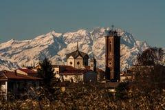 Die Kirche und Monte Rosa Stockfoto