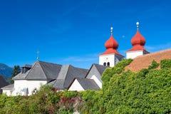 Die Kirche von Millstatt-Abtei, Österreich Stockbilder