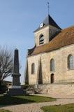 Die klassische Kirche von Sagy in v-Al d Oise Stockbild