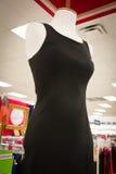 Die Kleidungs-Abteilung der Frauen Stockfoto