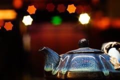 Die kleine Teekanne lizenzfreies stockbild