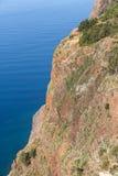 Die Klippenwand von Cabo Girao als gesehenem geradem Abstieg vom Standpunkt madeira Lizenzfreie Stockfotografie