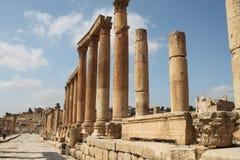 Die Kolonnade Jerash Stadt Jordanien Stockbild