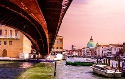 Die Konstitutions-Brücke, Venedig Lizenzfreies Stockfoto