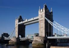 Die Kontrollturm-Brücke Stockbild
