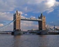 Die Kontrollturmbrücke in London Stockbild