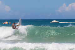 Die Kunst des Surfens Lizenzfreie Stockfotografie