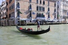 Die Landschaft entlang dem großartigen Kanal in Venedig lizenzfreie stockfotos