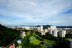 Die Landschaft von Penang-Stadt während des Abends Stockbild