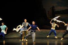 Die Landwirte so nett wie eine Lerche Jiangxi-Oper eine Laufgewichtswaage Stockbild