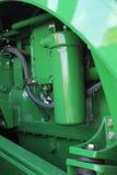 Die landwirtschaftliche Maschinerie des neuen Maschinentraktors Stockbilder