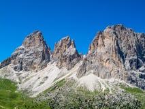 Die Langkofel-Gruppe in den Dolomit, gesehen vom Sella-Durchlauf in Süd-Tirol, Italien Lizenzfreie Stockfotos