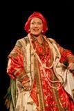 Die Leistung auf dem Stadium des nationalen Folk-Sängers russischen Lieder nadezhda babkina und des Theaterrusseliedes Lizenzfreie Stockfotografie