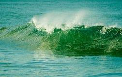 Die Leistung der Wellen lizenzfreies stockbild