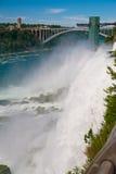 Die Leistung von Niagara Falls Stockfoto