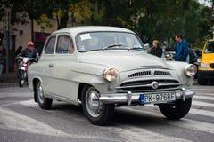 Die letzte Brennstoffaufnahme - treffende Veteranenfahrzeuge, Pezinok, Slowakei Lizenzfreie Stockfotos