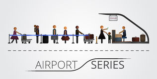Die Leute stehen in einer Reihe für den FlugAbfertigungsschalter Lizenzfreies Stockfoto