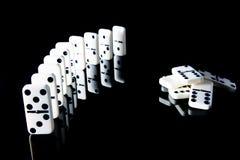 Die Logik von Dominos und von Geometrie stockbild