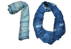 Die lokalisierten Zahlen von 1 bis 10 ausgebreitet mit Jeans in den verschiedenen Farben Stockbild